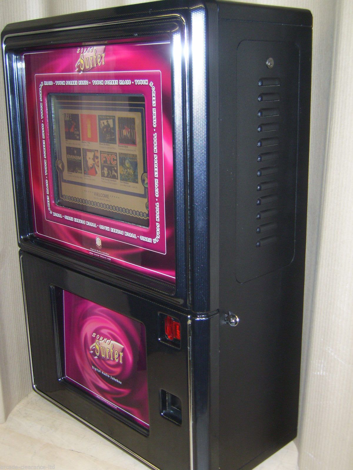 Mp3: Wall Mounted Touchscreen Digital MP3 Jukebox